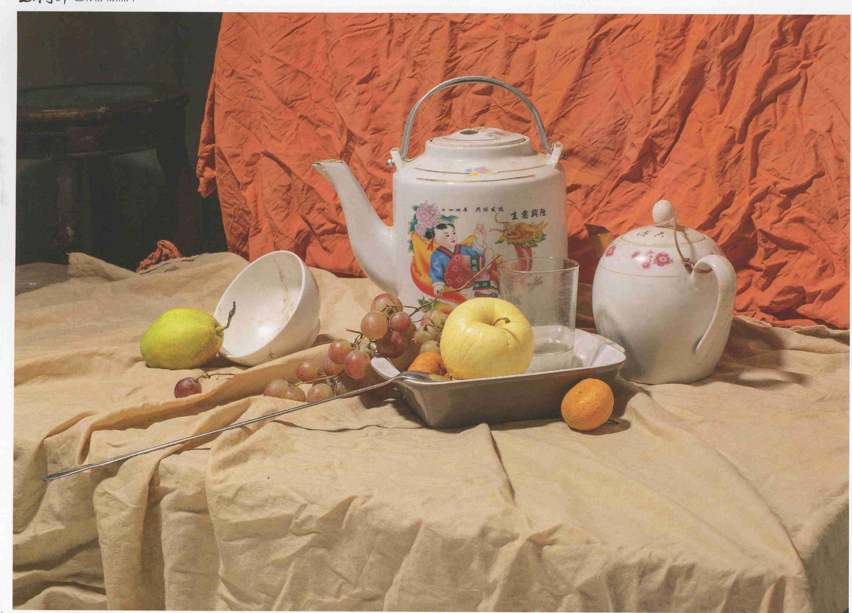 素描静物图片:陶瓷壶、水果玻璃杯等组合 超清
